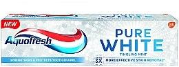 """Духи, Парфюмерия, косметика Зубная паста отбеливающая """"Интенсивная мята"""" - Aquafresh Pure White Tingling Mint"""