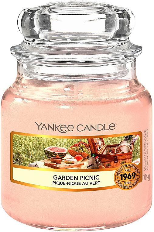 Ароматическая свеча в банке - Yankee Candle Garden Picnic