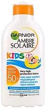 Духи, Парфюмерия, косметика Детское увлажняющее солнцезащитное молочко - Garnier Ambre Solaire Resisto Kids SPF 50+