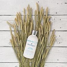 Крем-гель для душа с овсяным молочком для нормальной и сухой кожи - Barnangen Nordic Care Caring Shower Cream — фото N2