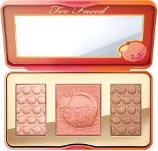 Духи, Парфюмерия, косметика УЦЕНКА Палетка для скульптурирования лица - Too Faced Sweet Peach Glow Peach-Infused Highlighting Palette *