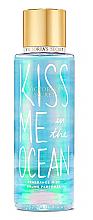 Духи, Парфюмерия, косметика Парфюмированный спрей для тела - Victoria´s Secret Kiss Me In The Ocean
