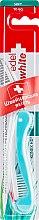 Духи, Парфюмерия, косметика Дорожная зубная щетка, мягкая, бирюзовая - Edel+White Road